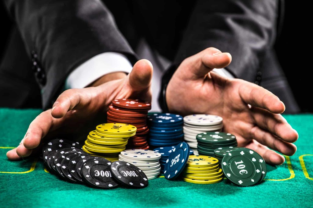 Tips Bermain Poker Game Online Terpercaya